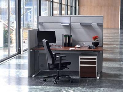 Schallschutzwände für Schreibtischarbeitsplätze
